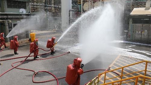 好利安藥廠进行火警疏散演習